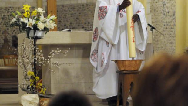 bénédiction-eau-baptismale