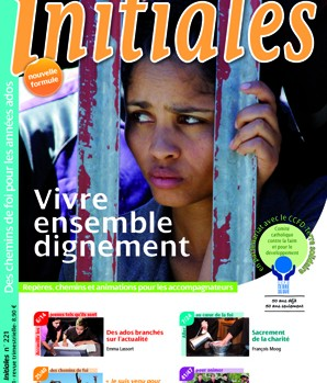 Couverture Initiales 221