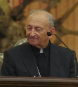 Mgr Francesco Cacuccib