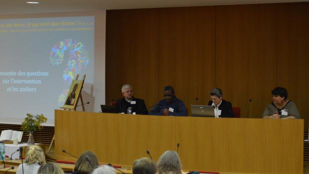 Intervention du P. Paulin Poucouta, lors de la session de formation « L'Église famille : une force pour notre mission en catéchèse et catéchuménat » à la Conférence des évêques de France (janvier 2019).