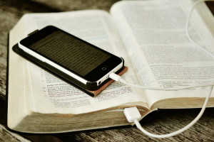 Bible et applications pour lire la bible sur smartphone.