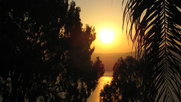 Lever de soleil sur le lac de Tibériade.