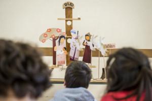 8 janvier 2019 : Activité catéchétique pour un groupe d'enfants de CE1, autour du thème de la Nativité, à la paroisse Saint-Ambroise. Paris (75), France.