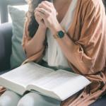 Nous faisons alors nôtre cet appel de détresse qui traverse toute la Bible : « Jusqu'à quand Seigneur ? »