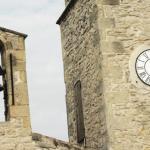 Clocher d'une église romane.